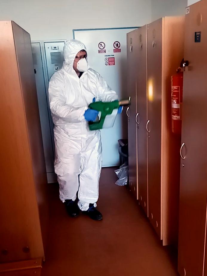 Dezinfekce ploch PolyHMG
